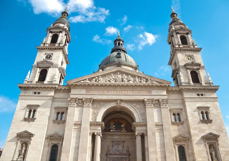 Basilica de San Sebastian en Budapest